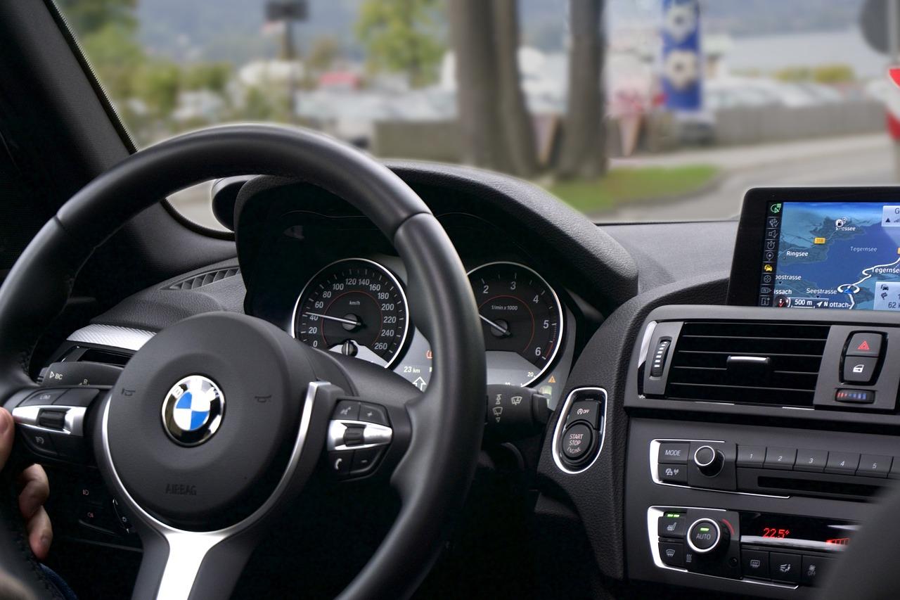 4 meilleurs accessoires High Tech pour votre voiture